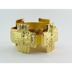 Portalampada santissimo da altare con piede lavorato realizzato in ottone dorato.